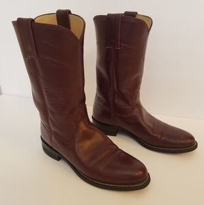 Justin Ladies Boots Size 5.5 Burgundy